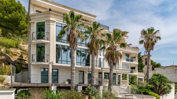 Location vacances Carry-le-Rouet -  Appartement - 4 personnes - Salon de jardin - Photo N° 1