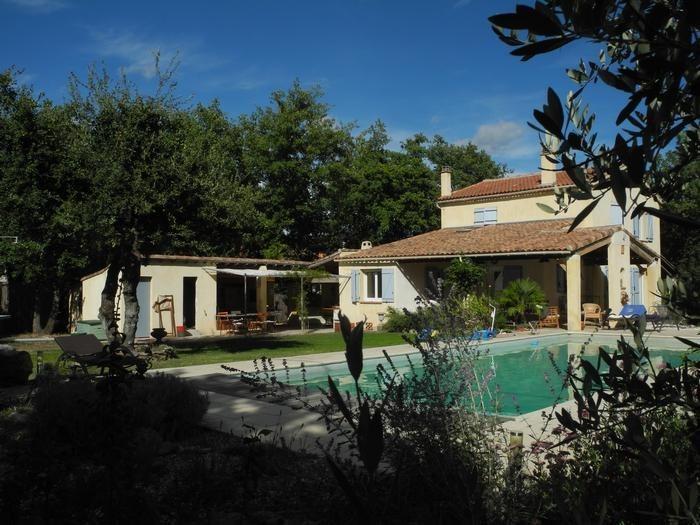 Villa pour 8 pers. avec piscine privée, Saint-Maximin-la-Sainte-Baume
