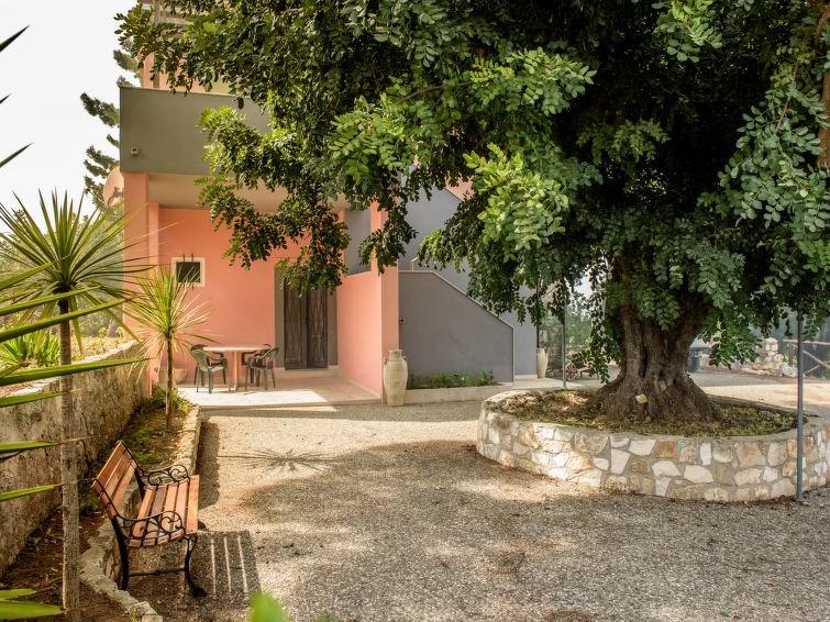 Appartement pour 4 à San Menaio