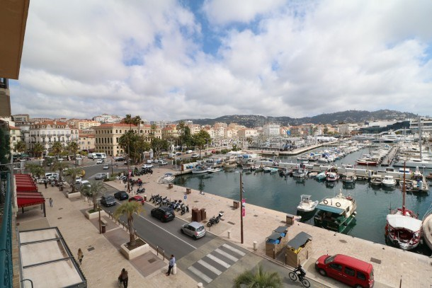 1 bedroom, fantastic view on the port. 269