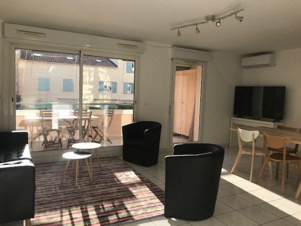 Appartement 4 pièces dans résidence avec piscine