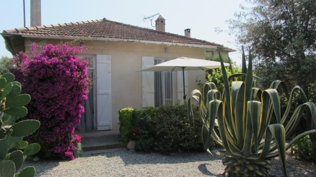 Location vacances Antibes -  Gite - 4 personnes - Barbecue - Photo N° 1