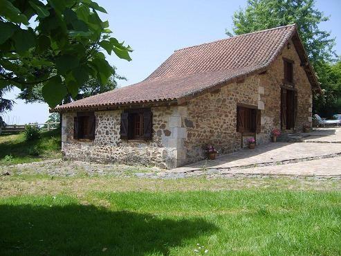 Location vacances Saint-Hilaire-Bonneval -  Gite - 3 personnes - Barbecue - Photo N° 1