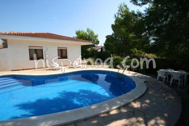 location villa avec piscine à Ametlla de Mar 5 personnes proche mer |sartom