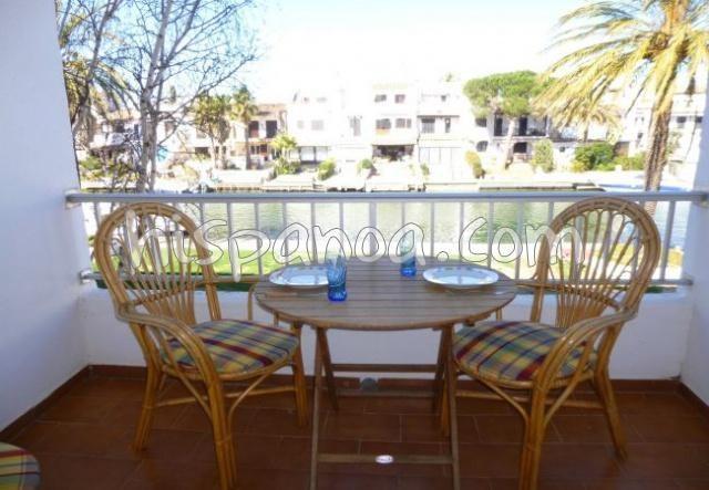 Location vacances Castelló d'Empúries -  Appartement - 2 personnes - Salon de jardin - Photo N° 1