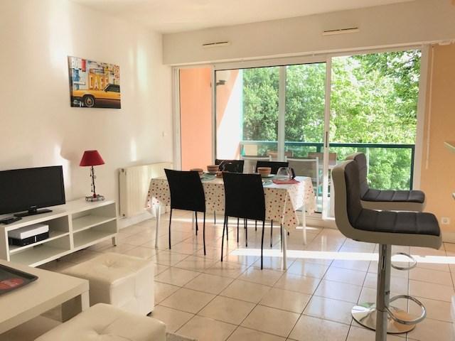 Apartamento en una residencia para 4 personas