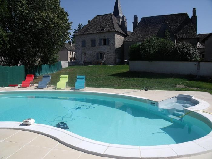 Holiday rentals Camps-Saint-Mathurin-Léobazel - House - 14 persons - BBQ - Photo N° 1