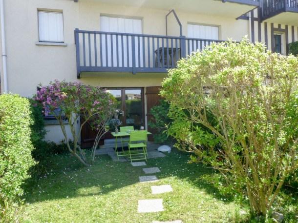 Location vacances Villers-sur-mer -  Appartement - 4 personnes - Télévision - Photo N° 1