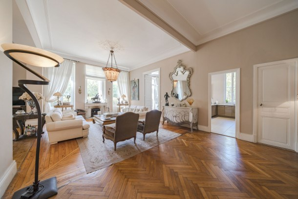 Wonderful 5 bedrooms apartment villa in Cannes center!