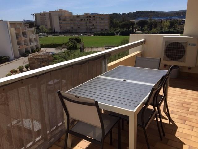 Location vacances Le Lavandou -  Appartement - 5 personnes - Télévision - Photo N° 1