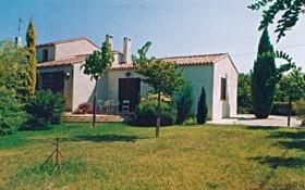 Location vacances Le Castellet -  Appartement - 2 personnes - Jardin - Photo N° 1