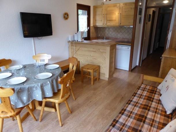 Location vacances Les Contamines-Montjoie -  Appartement - 6 personnes - Salon de jardin - Photo N° 1