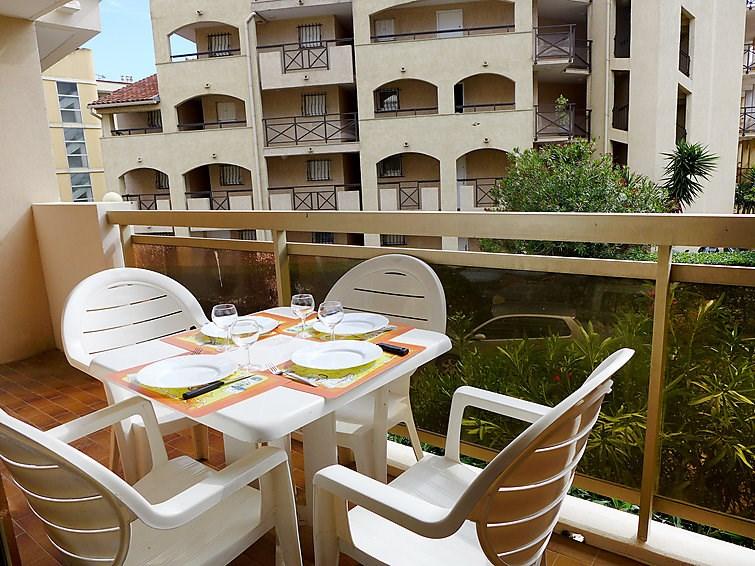 Location vacances Sainte-Maxime -  Appartement - 4 personnes - Jeux d'extérieurs - Photo N° 1