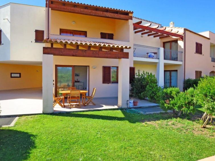 Location vacances Lungòni/Santa Teresa Gallura -  Appartement - 4 personnes -  - Photo N° 1