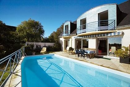 BELLE VILLA  sur la baie de Quiberon avec PISCINE  privée et vue MER
