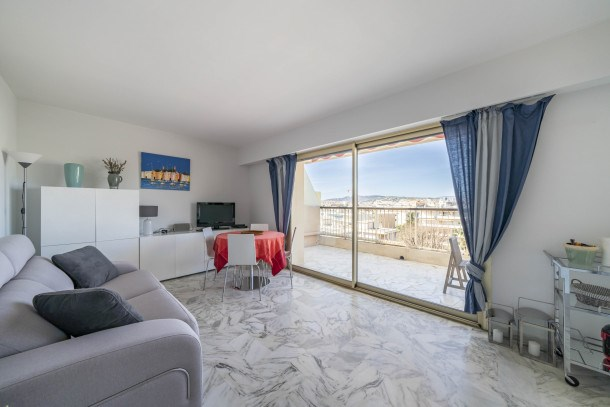 Wonderful one bedroom heart of Cannes!!