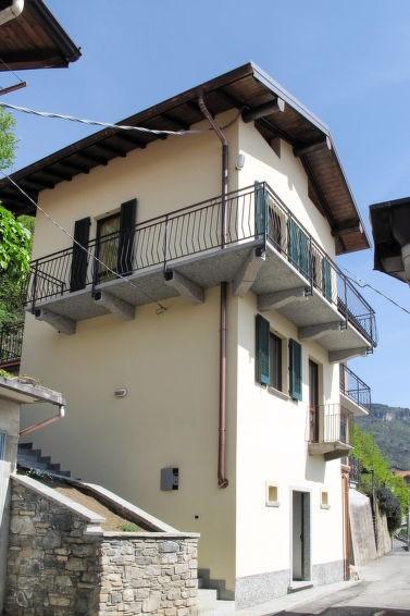 Location vacances Gravedona ed Uniti -  Maison - 9 personnes -  - Photo N° 1