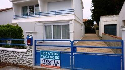 Maison 3 pièces de 65 m² environ pour 4 personnes située à 300 m de la plage, de la forêt et des commerces.