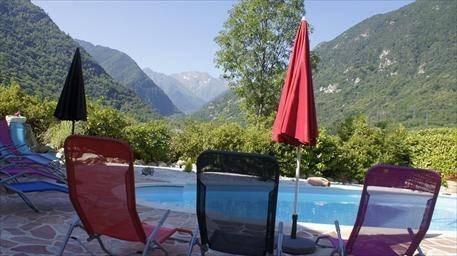 Gites et Chambres avec piscine en Montagne - Auzat