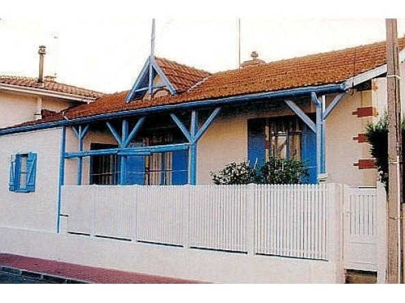 Maison De Vacances A Arcachon En Aquitaine Pour 4 Pers 60m
