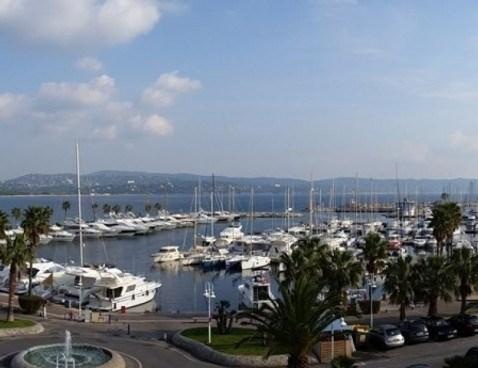 Location vacances Cavalaire-sur-Mer -  Appartement - 6 personnes - Ascenseur - Photo N° 1
