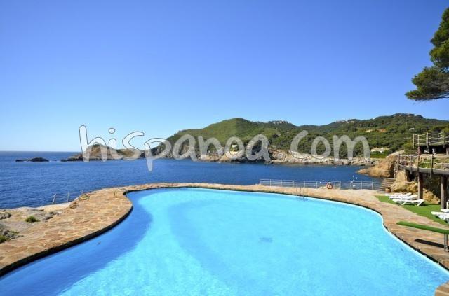 Location dans une belle résidence en bord de mer à Begur  240
