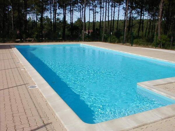 LACANAU OCEAN - Pavillon pour une famille de 4 dans résidence avec piscine collective, dans les pins
