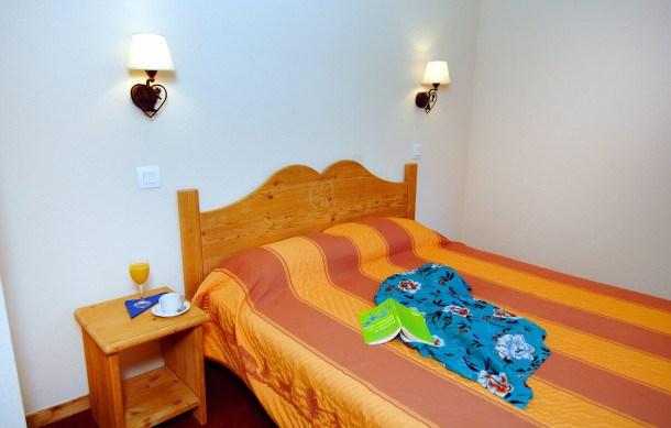 Location vacances Villarembert -  Appartement - 2 personnes - Congélateur - Photo N° 1
