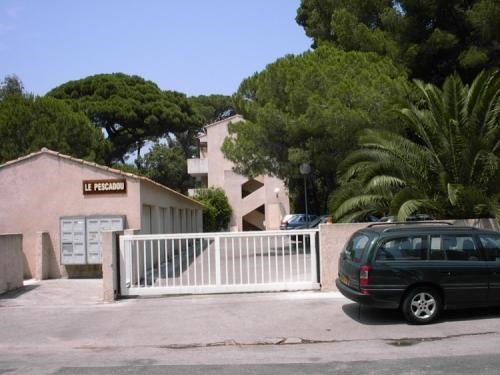 Holiday rentals Hyères - Apartment - 4 persons - Garden furniture - Photo N° 1