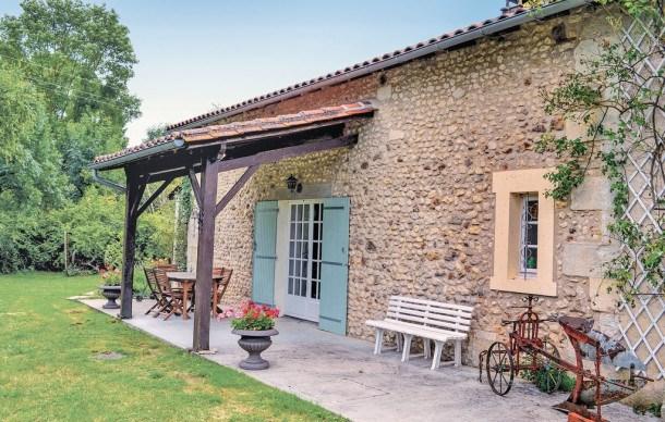 Location vacances Vanxains -  Maison - 6 personnes - Barbecue - Photo N° 1
