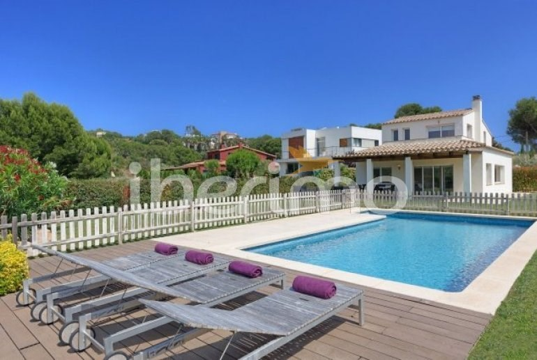 Location vacances Palafrugell -  Maison - 8 personnes - Barbecue - Photo N° 1