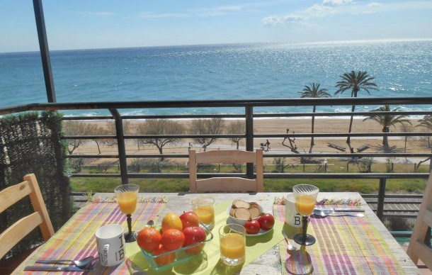 Location vacances Pineda de Mar -  Appartement - 4 personnes - Barbecue - Photo N° 1