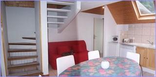 Beau duplex en maison lumineux au calme à 400 m des Thermes de Luz St Sauveur.