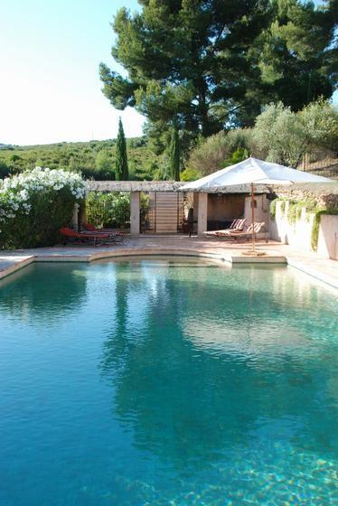 Location vacances Le Castellet -  Maison - 13 personnes - Barbecue - Photo N° 1