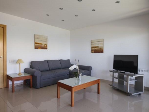 Location vacances Salou -  Appartement - 6 personnes - Jardin - Photo N° 1