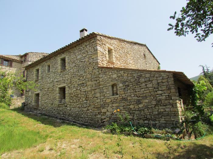 Location vacances Saint-Martin-de-Castillon -  Maison - 4 personnes - Salon de jardin - Photo N° 1