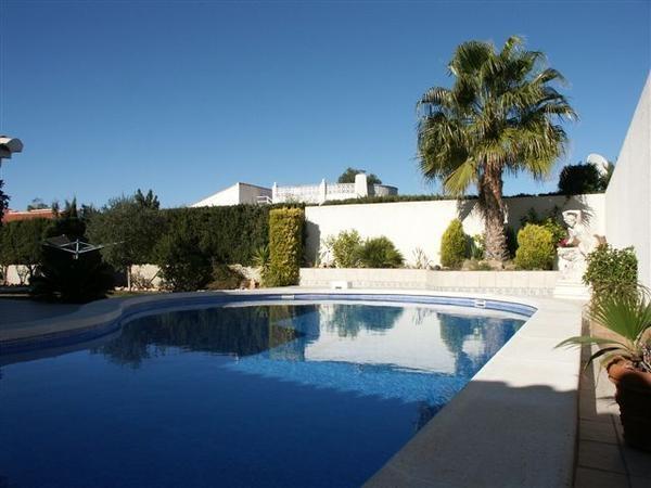 Maison pour 6 pers. avec piscine, Torrevieja