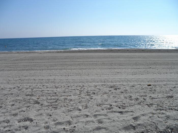 Plage de sable fin à 200 M