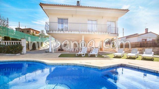 Holiday rentals Lloret de Vistalegre - House - 10 persons - BBQ - Photo N° 1