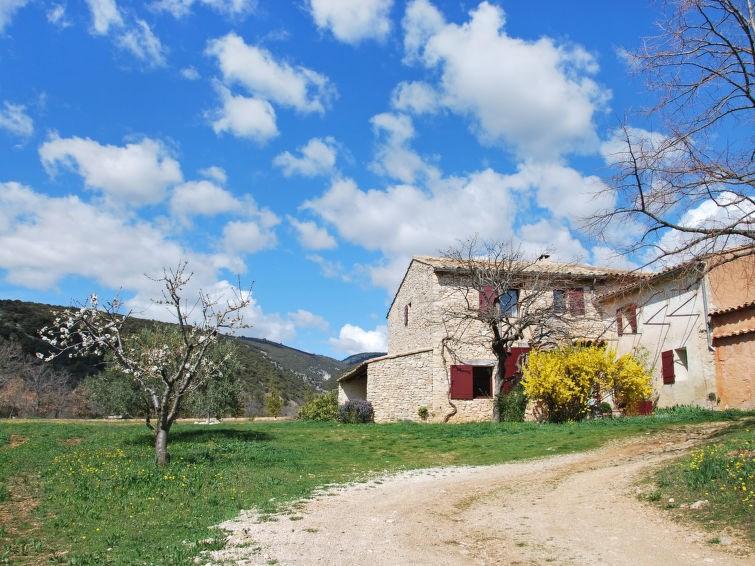 Location vacances Saint-Saturnin-lès-Apt -  Maison - 6 personnes -  - Photo N° 1