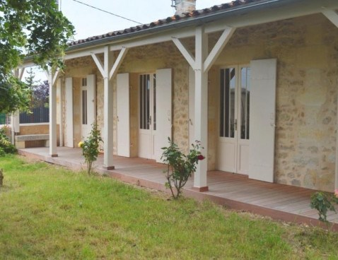 Location vacances Yvrac -  Maison - 6 personnes - Barbecue - Photo N° 1