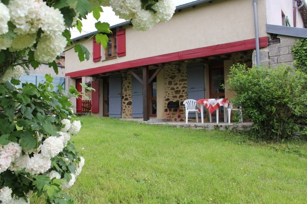 Location vacances Aubusson -  Gite - 4 personnes - Barbecue - Photo N° 1