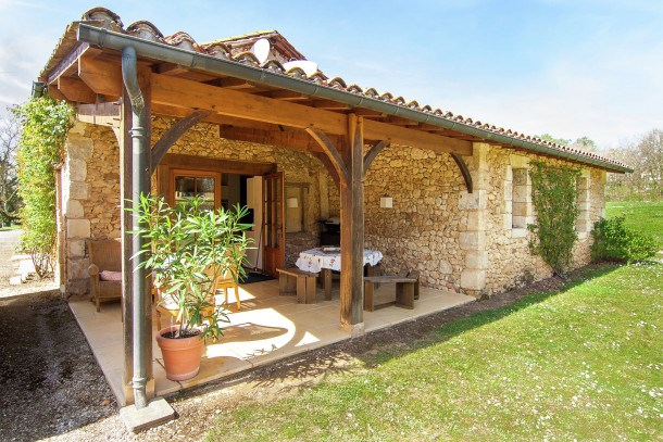 Location vacances Issac -  Maison - 6 personnes - Barbecue - Photo N° 1