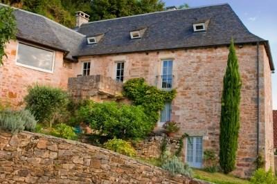 Gite avec piscine aux portes de la Dordogne - Turenne