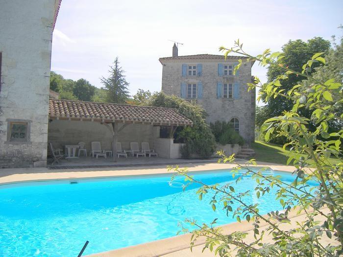 Maison en pierres du Quercy avec piscine privée