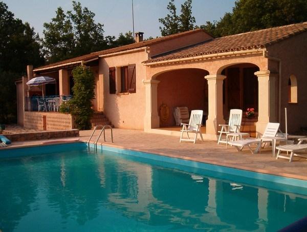 Belle villa au calme dans les vignes