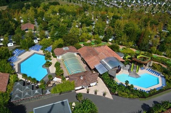 Location vacances Mézos -  Maison - 10 personnes - Salon de jardin - Photo N° 1