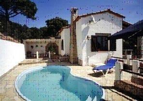 Belle villa espagnol avec piscine pour 6 personnes, avec un appartement annexe.