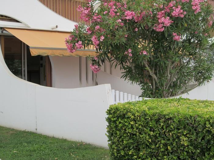 Location vacances La Grande-Motte -  Appartement - 4 personnes - Salon de jardin - Photo N° 1