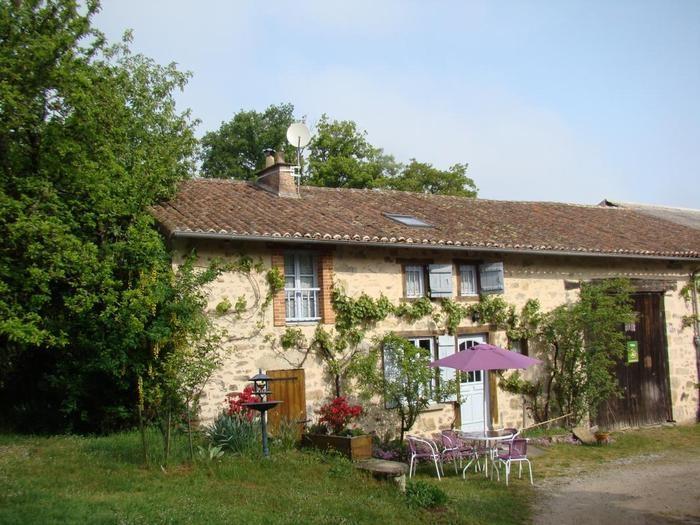 Gîte 87G2440 situé à Vaulry en Haute-Vienne